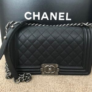 CHANEL Bags - AUTHENTIC CHANEL BOY BAG!